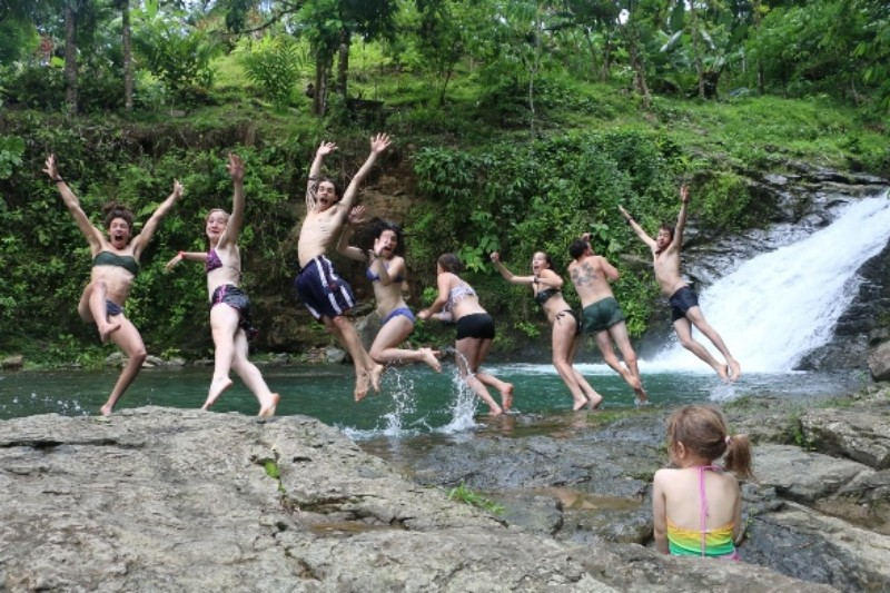 Prescott College students in Costa Rica